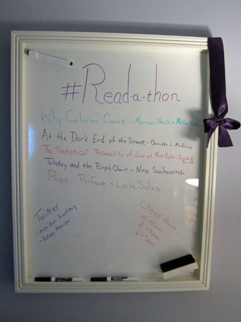 photo of whiteboard for Dewey's Read-a-thon